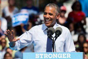 Former president Barack Obama campaigning at Eakins Oval in...